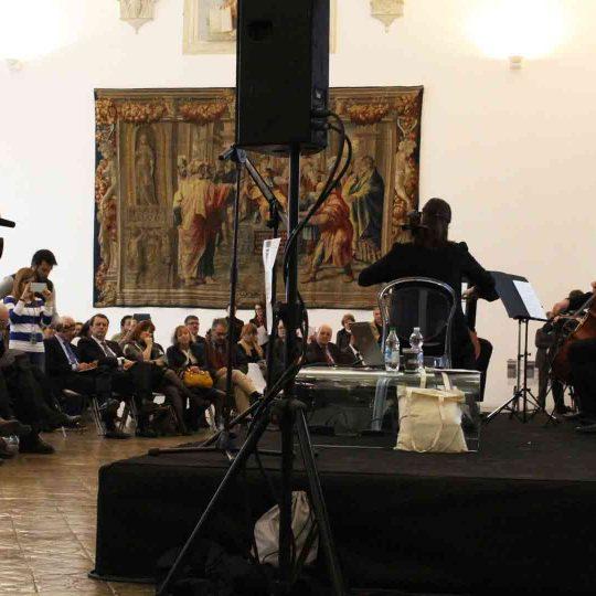 https://www.festivalgiornalismoculturale.it/wp-content/uploads/2020/05/Gallery_2015_15-540x540.jpg