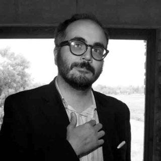 https://www.festivalgiornalismoculturale.it/wp-content/uploads/2020/05/raimo-320x320.jpg