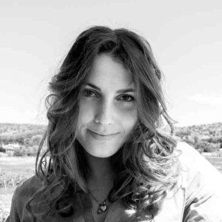 https://www.festivalgiornalismoculturale.it/wp-content/uploads/2020/06/Silvia_brugnera_1-320x320.jpg