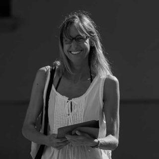 https://www.festivalgiornalismoculturale.it/wp-content/uploads/2021/07/BeatriceFabbretti-320x320.jpg