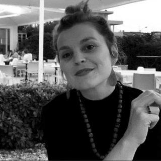 https://www.festivalgiornalismoculturale.it/wp-content/uploads/2021/08/Federica-Savini-320x320.jpg